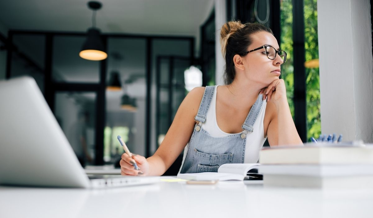 Mindfulness and procrastination